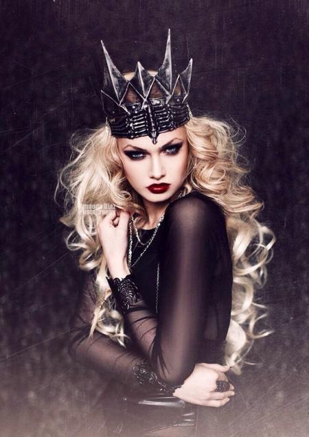 Queen Goth