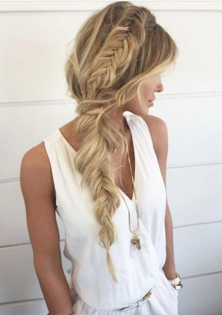 Loose, chic fishtail.